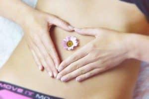 płaski brzuch kobiety