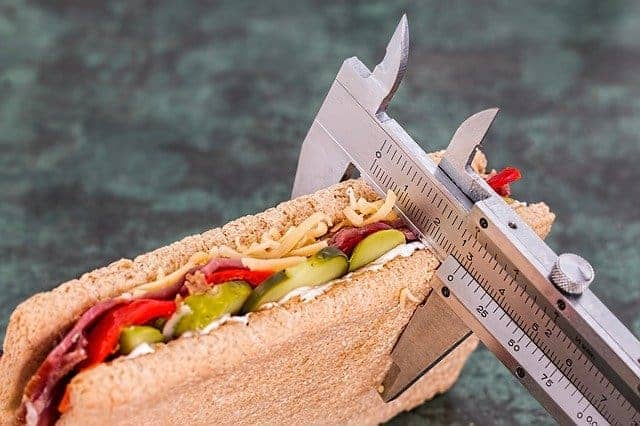 kanapka mierzona suwmiarką
