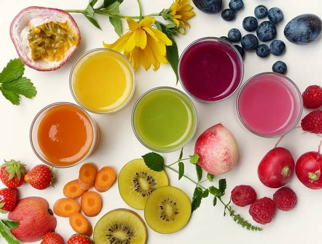 koktajle owocowe i owoce