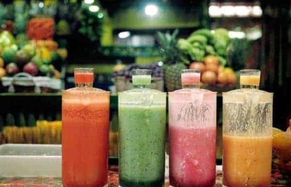 koktajle warzywne w butelkach