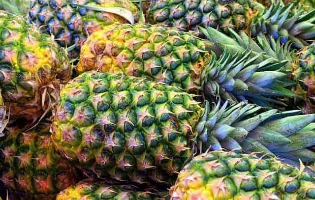 świeże owoce ananasa